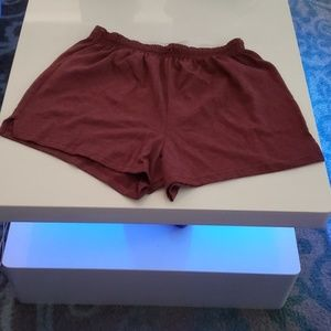 Maroon shorts XL